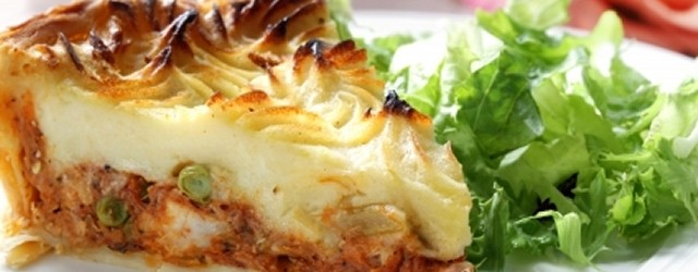 Print Shepherd's Pie Author: Fieldstown Farm Recipe type: Main   Especially nice on cold days Ingredients 900 grams minced lamb 3 tablespoons olive oil 2 medium onions diced 2 carrots diced 3...